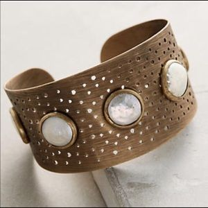 Anthropologie freshwater pearl cuff
